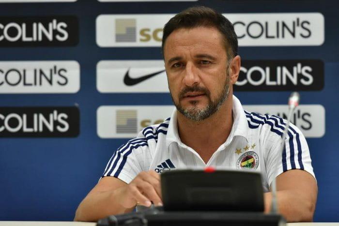 vitor_pereira_at_press_conference